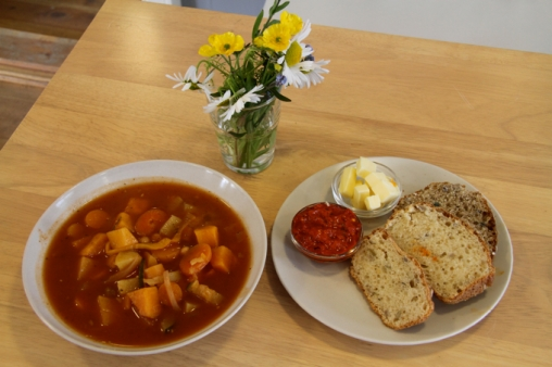 The homemade vegetable soup and freshly cooked bread are to die for!