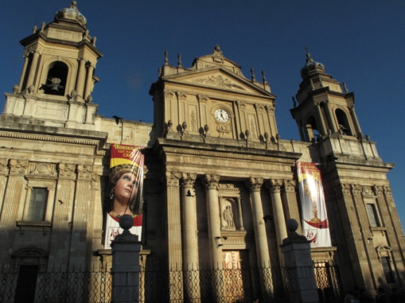 Guate's cathedral is impressive from the outside...