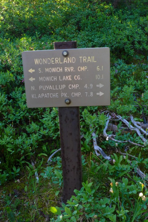 Golden Lakes Trail Sign